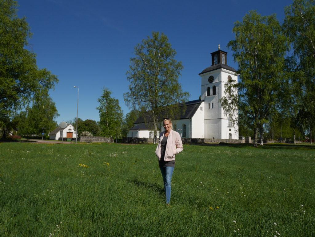 Järna kyrka