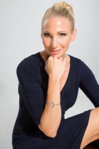 SHE , Lina Friberg