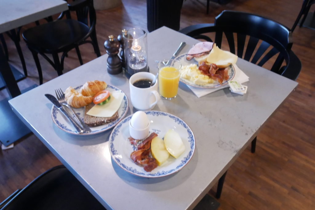 frukost buffét