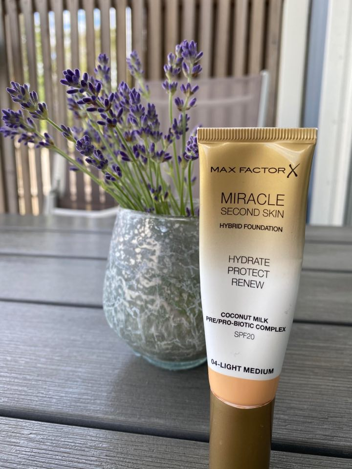 foundation med spf 20